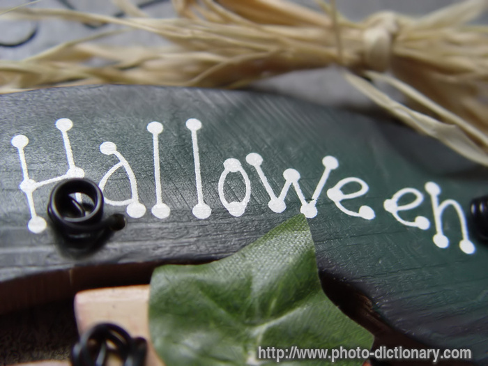 Halloween - photo/picture definition at Photo Dictionary ...