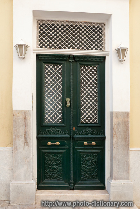 front door - photo/picture definition - front door word and phrase image & front door - photo/picture definition at Photo Dictionary - front ... Pezcame.Com