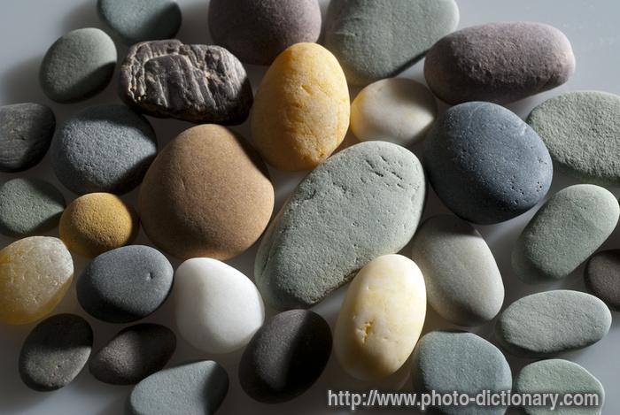 Qui qui y'en a 1 .... 3628river_stones