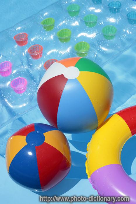 beach ball. each balls - photo/picture