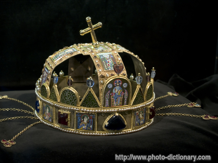 medieval crown - photo/picture definition at Photo ...