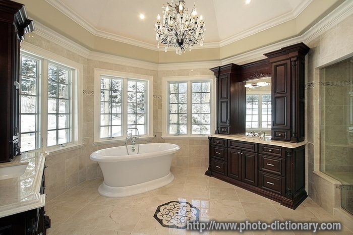 The granite gurus 8 beautiful master bathrooms for Marble master bathroom designs