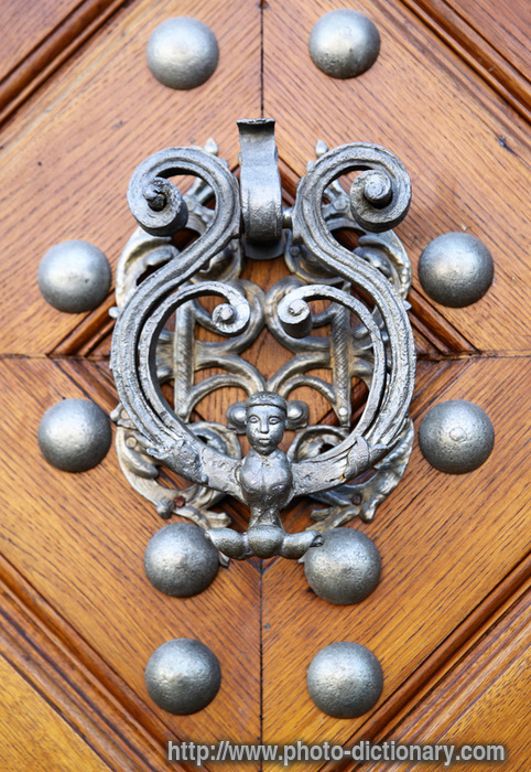 door knocker  photo/picture definition  door knocker word and phrase  482 x 700 · 254 kB · jpeg