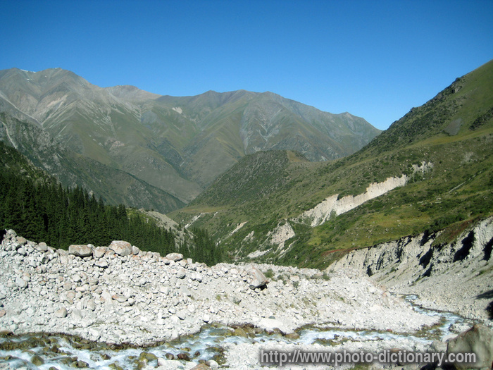 Mountain valley - photo/picture definition - mountain valley word and
