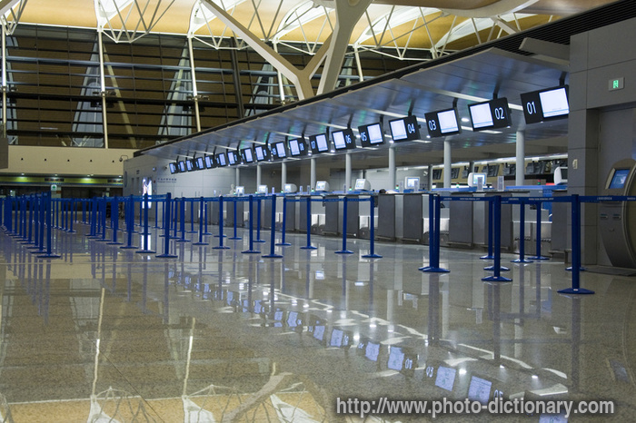 Airport counter photo picture definition at photo for Couter definition
