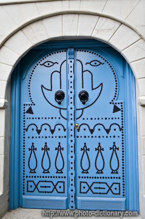 Tunisian door & Tunisian door - photo/picture definition at Photo Dictionary ...