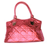 red handbag - photo/picture definition - red handbag word and phrase image