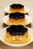 pudding flan - photo/picture definition - pudding flan word and phrase image