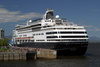 luxury liner - photo/picture definition - luxury liner word and phrase image