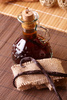 vanilla extract - photo/picture definition - vanilla extract word and phrase image
