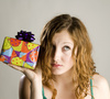 birthday gift - photo/picture definition - birthday gift word and phrase image